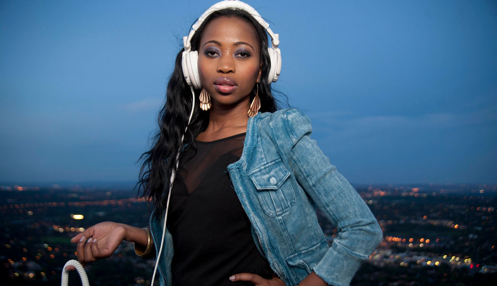 ms-cosmo hottest-female-hip-hop-dj-and-vj-talent-at-present