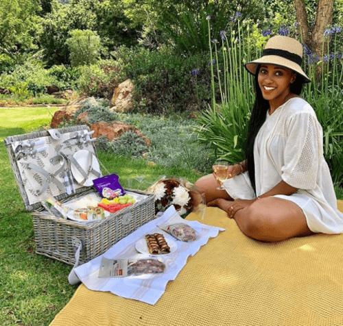 Sbahle Mpisane and Khune picnic