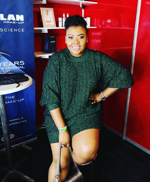 Anele Mdoda hosts the voice SA