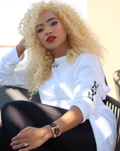 Amanda du-Pont blonde hair