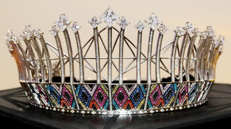 Buhle the new Miss SA crown