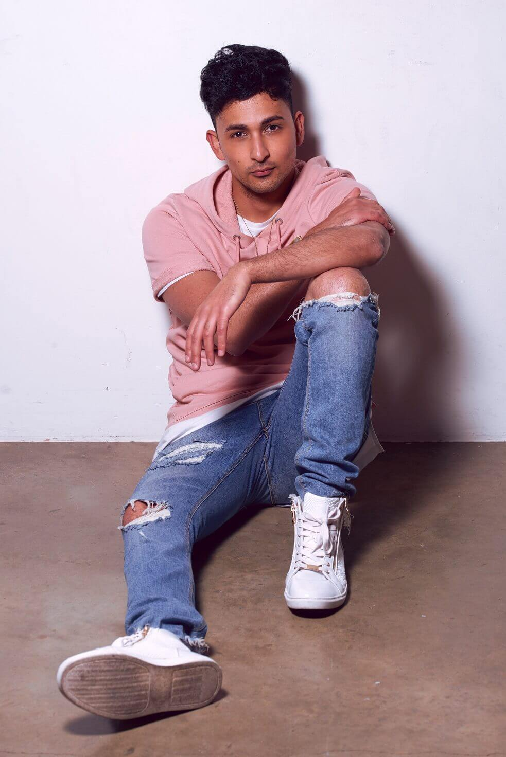Zack Knight to perform in SA