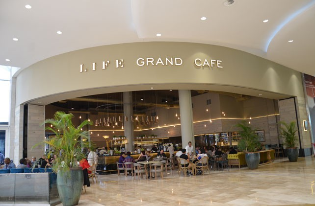 Life Grand Cafe Mall of Africa restaurants