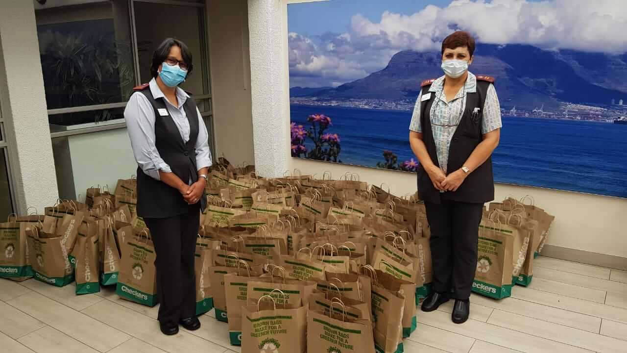 Checkers Health care workers refreshments donations