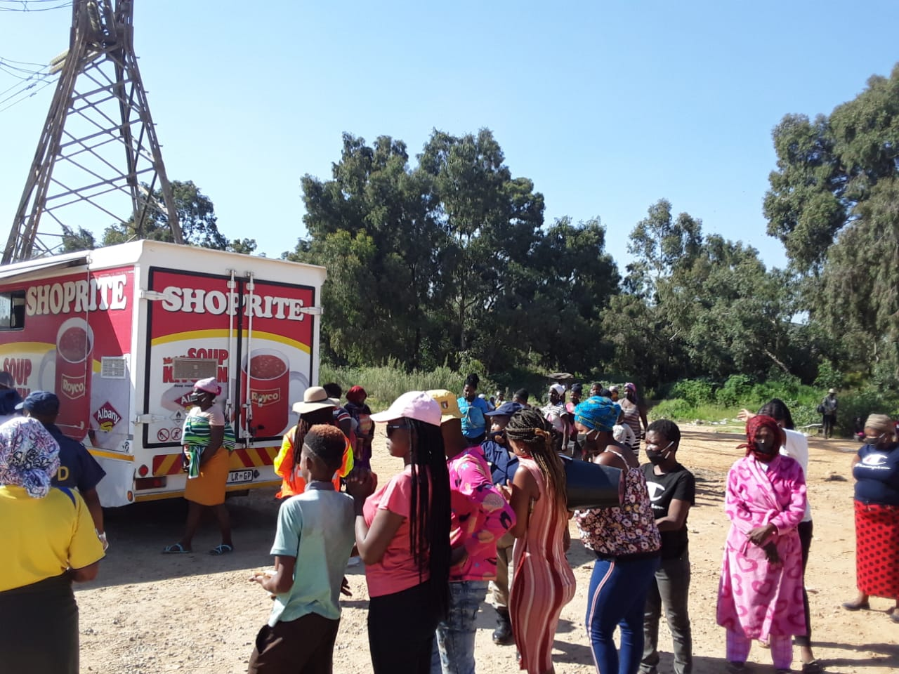 Shoprite Mobile Soup Kitchen in Booysens