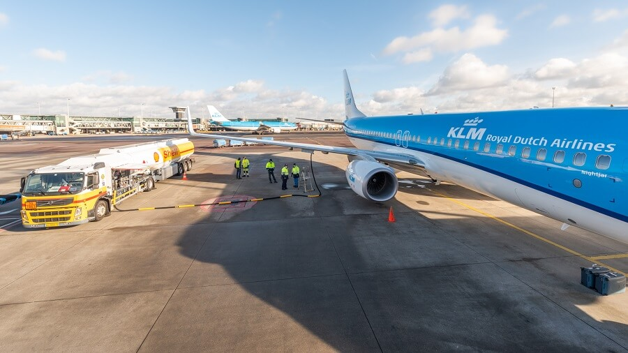 KLM first passenger flight performed with sustainable synthetic kerosene